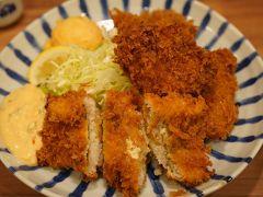 20190812-2 豊洲 小田保さん、セロリ漬け、まぐろのほほ肉フライ、ハモフライ