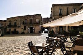 魅惑のシチリア×プーリア♪ Vol.208 ☆エリーチェ:中心広場Piazza della Loggia♪
