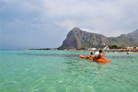 魅惑のシチリア×プーリア♪ Vol.220 ☆サン・ヴィート・ロ・カポ:なぜかクラゲと一緒に優雅な遊泳♪