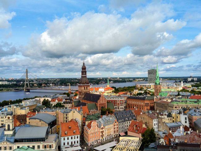 リガ・タリン・ヘルシンキを周遊した女一人旅の記録です。<br />ラトビアは初めて、エストニアとフィンランドは2回目の訪問でした。<br />旅の主な目的は、ただひたすらに街歩き!<br />旅行を計画中の方、このエリアに興味のある方のお役に立てれば幸いです。<br /><br />8/13 関空→ヘルシンキ経由→リガ着(フィンエアー)<br /><br />8/14 リガ街歩き 【今ここ】<br /><br />8/15 リガ→タリン(バス:Lux Express)<br />8/16 タリン街歩き<br />8/17 タリン→ヘルシンキ(フェリー:タリンクシリヤライン)<br />8/18 ヘルシンキ→成田 8/19着(JAL)*この後羽田経由で伊丹へ帰着。
