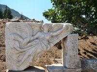 トルコ旅行 1日目、エフェソス観光の後、泥のプールでほっこり