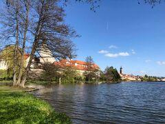 ブルノのトウーゲントハット邸とテルチ歴史地区に行く。