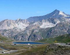 団塊夫婦の2019年アルプス絶景ドライブ&ハイキングー(16)ツールドフランスの舞台・アルプス最高所のイズラン峠を越える