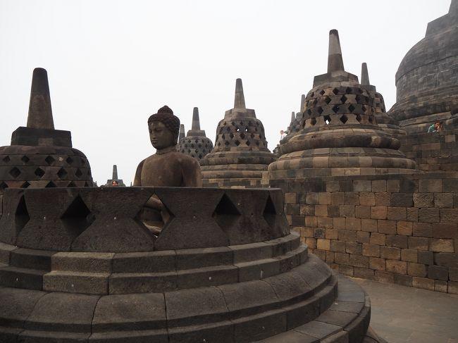 インドネシア3日目は昨日に引き続き早朝のボロブドゥール遺跡サンライズツアーから始まります。<br />朝食後にジョグジャカルタに移動し、ホテルにチェックインした後ベチャでクラトン、タマンサリ、マリオボロ通りなどを観光します。