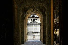 魅惑のシチリア×プーリア♪ Vol.283 ☆エンナ:旧市街と修復中の大聖堂♪