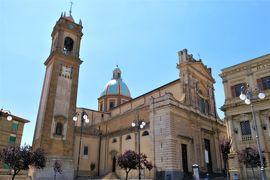 魅惑のシチリア×プーリア♪ Vol.293 ☆カルタジローネ:美しいウンベルト広場や大聖堂♪