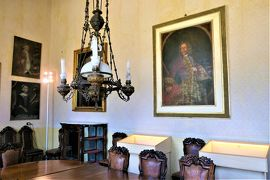 魅惑のシチリア×プーリア♪ Vol.317 ☆ドンナフガータ城:優雅な宮殿生活 豪華な図書の間♪