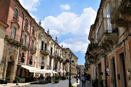 魅惑のシチリア×プーリア♪ Vol.328 ☆パラッツォーロ・アクレイデ:美しいメインストリート♪