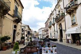 魅惑のシチリア×プーリア♪ Vol.334 ☆パラッツォーロ・アクレイデ:美しい中世時代景観を眺めながらランチ♪