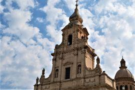 魅惑のシチリア×プーリア♪ Vol.359 ☆美しきコミゾ旧市街 世界遺産のバロック大聖堂へ♪