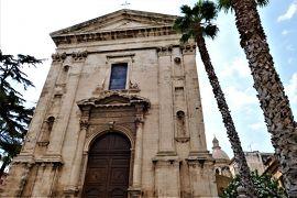 魅惑のシチリア×プーリア♪ Vol.362 ☆美しきコミゾ旧市街 古城と教会を眺めて♪