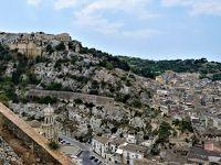 魅惑のシチリア×プーリア♪ Vol.372 ☆美しきシクリ旧市街 絶景パノラマの教会へ優雅に歩く♪