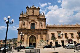 魅惑のシチリア×プーリア♪ Vol.376 ☆美しきシクリ旧市街 美しい広場とアーモンドグラニータ♪