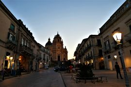 魅惑のシチリア×プーリア♪ Vol.394 ☆ラグーザ:黄昏の美しいサンジョルジョ大聖堂♪
