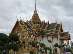 今日から家族と合流して3大寺院へ バンコク