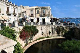 魅惑のシチリア×プーリア♪ Vol.432 ☆シラクーザ:アレトゥーザ泉からドゥオーモ広場へ優雅に歩く♪