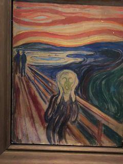 最初にムンク美術館に行く。ムンクの絵は暗いけどすごい人気。 その後ベルゲンに向けて出発