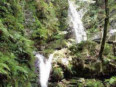 暑いぞ!涼を求めて穴場の黒山三滝、マイナスイオンでいっぱい!