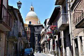 魅惑のシチリア×プーリア♪ Vol.472 ☆ランダッツォ:黒い溶岩の町は美しい♪