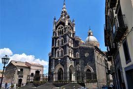 魅惑のシチリア×プーリア♪ Vol.473 ☆ランダッツォ:世界で最も美しい黒い溶岩の大聖堂♪