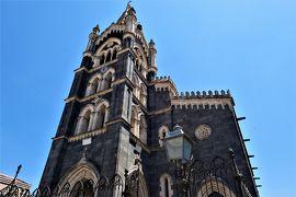 魅惑のシチリア×プーリア♪ Vol.475 ☆ランダッツォ:黒い大聖堂のファサード 黒と白のコントラスト素晴らしい♪
