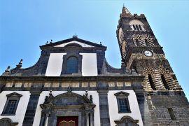 魅惑のシチリア×プーリア♪ Vol.481 ☆ランダッツォ:古城と黒い教会の美しい景観♪