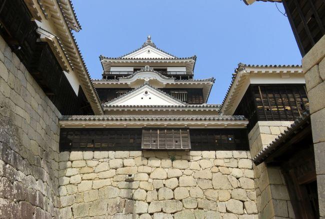 2018春、四国の百名城巡り(36/42):3月27日(9):松山城(1):ロープウェイ、一の門、二の門、三の門、天守