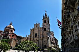 魅惑のシチリア×プーリア♪ Vol.538 ☆美しき町アチレアーレ 教会のある美しい景観♪