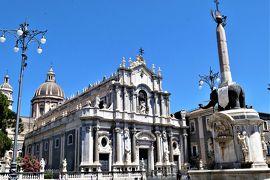 魅惑のシチリア×プーリア♪ Vol.556 ☆カターニア:最も美しいドゥオーモ広場と黒い象さん♪