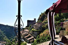 魅惑のシチリア×プーリア♪ Vol.568 ☆「ゴッドファーザー」ロケ地サヴォーカ:三輪車で憧れの教会へ♪