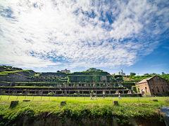 夏休みの佐渡島04: シーカヤックしたけどあまり観光してないから巨大廃墟を見に行く