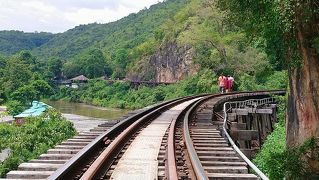 2019 バンコク 小旅行 02 落ちる〜断崖絶壁を通る鉄道を体験せよ!