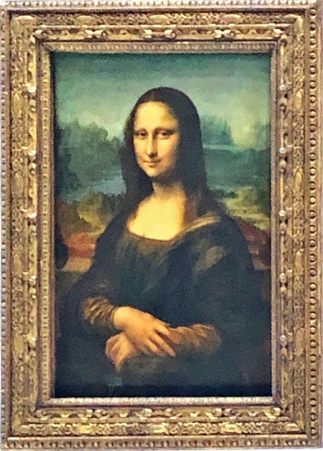 パリ3日目はルーブル美術館に凱旋門、シャンゼリゼ通りにディナークルーズと盛りだくさん。