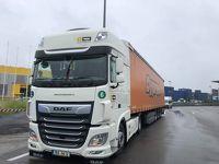 イタリアの高速道路で大型トラックに煽り運転を受け、追突される