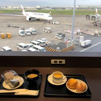 沖縄 � 羽田空港国内線第1旅客ターミナルにあるJAL『ダイヤモンド・プレミアラウンジ』『サクララウンジ』『パワーラウンジサウス』巡り♪