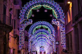魅惑のシチリア×プーリア♪ Vol.617 ☆マテーラの美しいルミナリエ:街角を飾るメルヘンチックな夜景♪