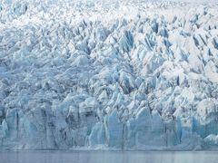 大自然の絶景に出会う!アイスランド周遊ドライブの旅(その6)~へプンからヨークルスアゥルロン氷河経由ヴィークへ~