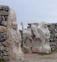 2019.8トルコの知人を訪ねる17-ハットゥシャ遺跡2 イエルカプ,スフィンクス門,王の門,ニシャンテペ,Room2,王宮