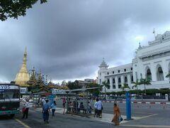 雨季のヤンゴン街歩き