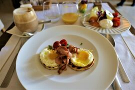 魅惑のシチリア×プーリア♪ Vol.668 ☆オストゥーニ:高級ホテル「ラ・ソッミタ」最後の」朝食 さようなら♪