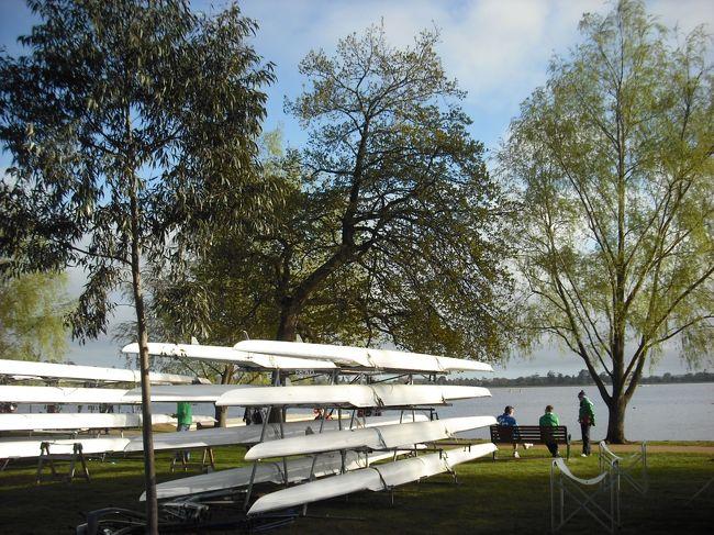 <(2)の内容 ><br />●3日目:ボートの練習日。大会会場の湖へ行く。夕方は街を少し散策。<br /><br /><br />★「世界ローイングマスターズ大会」に出場する家族に同行。<br />・ホテルの手配以外は、個人旅行。<br />・バララットに5日間滞在。<br />・最終日のみ、メルボルンを少し散策。<br /><br />★タイムリーに作成していない為、記憶が怪しく詳細は省いています。