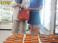 トラピックスの「WE LOVE 台湾大周遊5日間」(4)高雄の夜は烏魚子を買って、芒果氷でクールダウンして、六合夜市の按摩店に沈没する。