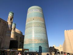 蒼の世界に浸るウズベキスタンの旅  3日目の1 イチャンカラの1