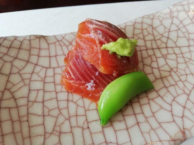 新潟 グルメの街 村上で食べる老舗割烹店の桜鱒のお造り