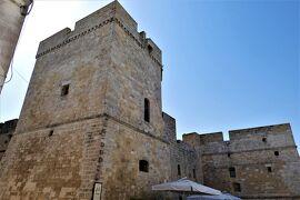 魅惑のシチリア×プーリア♪ Vol.706 ☆カストロ:カストロ城(アラゴン城)を見上げて♪