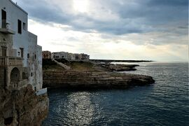 魅惑のシチリア×プーリア♪ Vol.754 ☆ポリニャーノ・ア・マーレ旧市街 アドリア海と断崖風景♪