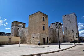 魅惑のシチリア×プーリア♪ Vol.775 ☆ビシェーリエ旧市街:美しいビシェーリエ城♪