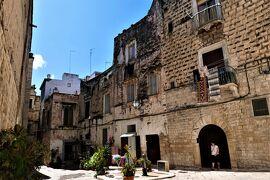魅惑のシチリア×プーリア♪ Vol.778 ☆ビシェーリエ旧市街:煌めく夏の中世時代の景観♪