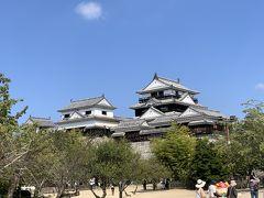 松山城と道後温泉