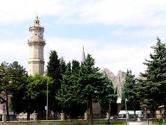 2019.8トルコの知人を訪ねる27-Tokatのメヴレヴィーハーネによる,D850号線をSivasに向かう